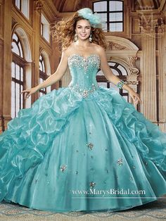 New 2016 Beaded Sweet 16 Prom Party Formal Dress Ball Gown Quinceanera Dresses Alexander Grassner Große 46 Quince Dresses, Ball Dresses, Ball Gowns, Formal Dresses, Formal Prom, Prom Gowns, Propositions Mariage, Mexican Quinceanera Dresses, Colored Wedding Dresses