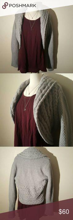 Diane von Furstenburg Harville Sweater Grey Large Beautiful gently used Diane von Furstenberg light grey sweater. Merino wool & angora. Soft and warm. Diane Von Furstenberg Sweaters