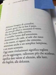 Blog di Sergio Valli  - Blog di Cultura dell'Universo: ABBIAMO BISOGNO Famous Phrases, Empowering Quotes, Top Quotes, Motivational Quotes For Life, Poetry Quotes, In My Feelings, Beautiful Words, Sentences, Quotations