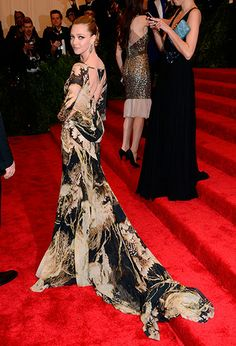 The Met Gala 2013: The Best of the Red Carpet - Amanda Seyfried