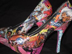comic heels / shoes - awesome geek-in-me Comic Book Shoes, Geek Wedding, Wedding Ideas, Comic Book Wedding, Nerd Fashion, Pump It Up, Shoes Heels, Pumps, All About Shoes