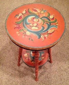 Billedresultat for danish folklore furniture Hand Painted Furniture, Paint Furniture, Decoration, Art Decor, Rosemaling Pattern, Norwegian Rosemaling, Scandinavian Folk Art, Tole Painting, Pablo Picasso