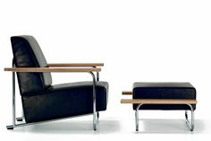 Designed in 1929 the Lovell easy chair and ottoman by Richard Neutra. Produced by VS.