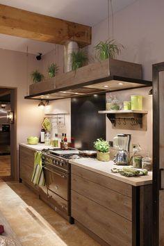 Xaviez vous présente la réalisation d'une cuisine en chêne Ambre et pierre de Bourgogne. Retrouvez toutes nos cuisine en chêne et matériaux naturels.