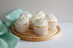 Homemade Vanilla Cupcakes with Buttercream Frosting Recipe by stella American Buttercream Recipe, Buttercream Frosting For Cupcakes, Frosting Tips, Frosting Recipes, Cupcake Recipes, Frosting Techniques, Homemade Vanilla Cupcakes, Homemade Frosting, Churros