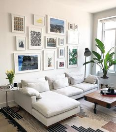 Genius Small Living Room Decor Ideas And Remodel for Your First Apartment living Home Living Room, Apartment Living, Interior Design Living Room, Living Room Designs, Living Room Decor, Living Spaces, Gallery Wall Living Room Couch, Apartment Ideas, Wall Shelving Living Room