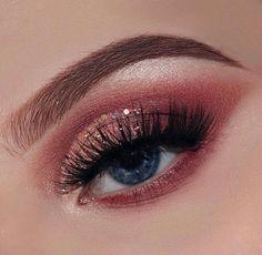 pinterest.com/dariatill/  ☼♥ makeup, beauty, girl, face , inspiration, ideas, trends, tipps