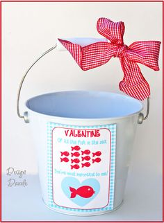 I'm giving this free printable tag with a bucket o' swedish fish to my honey for V-day!  Hooray!  :)  Swedish fish are his all time favorite.