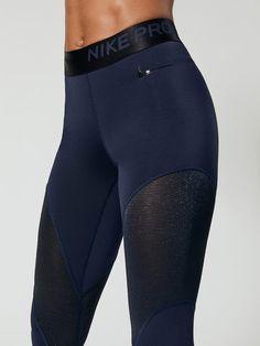 Nike Pro Warm Women s 7 8 Tights 7 8 Length Leggings in Obsidian black 3b94a488ec418