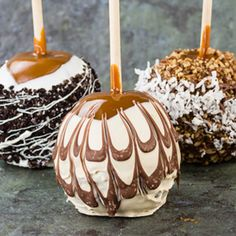 These gourmet caramel apples are a wonderful treat for holiday occasions. Gourmet Caramel Apples Recipe from Grandmothers Kitchen.