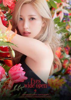 Nayeon, Kpop Girl Groups, Korean Girl Groups, Kpop Girls, Extended Play, Twice Photoshoot, Twice Album, Thing 1, Myoui Mina