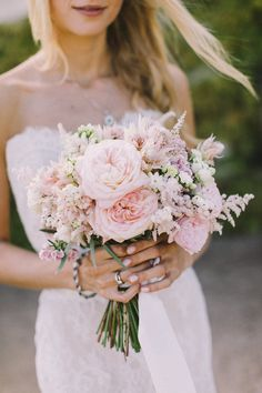 Wedding ideas in pink - Wedding ideas in pink Bridal bouquet in pink with ping . - Wedding ideas in pink – Wedding ideas in pink Bridal bouquet in pink with peonies Photo: Nancy Eb - Bridal Bouquet Pink, Bride Bouquets, Bridesmaid Bouquet, Light Pink Bouquet, Peony Bouquet Wedding, Light Pink Flowers, Rose Bouquet, Bridesmaids, Bridesmaid Dresses