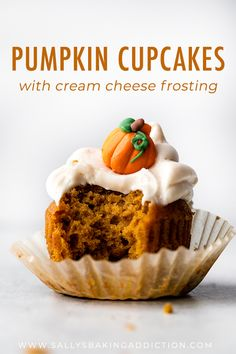 Cajun Delicacies Is A Lot More Than Just Yet Another Food Super Moist And Easy Pumpkin Spice Cupcakes With Delicious Cream Cheese Frosting On Top Easy Recipe On Fall Desserts, Just Desserts, Dessert Recipes, Cupcake Recipes Easy, Easy Delicious Desserts, Delicious Cupcakes, Dip Recipes, Beef Recipes, Cookie Recipes