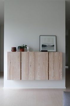 The post Ivar natural. appeared first on Sovrum Diy. Ikea Living Room, Ikea Bedroom, Living Room Interior, Decoration Inspiration, Room Inspiration, Interior Inspiration, Dark Interiors, Wood Interiors, Ivar Regal
