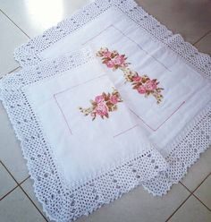 O crochê valorizam os mais variados trabalhos #semprecirculo #crochê #crocheteira #crocheteirasdobrasil #feitoamaocomamor #feitoamao #lovecrochet