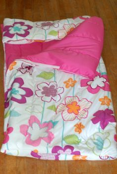 sleepover bag / indoor sleeping bag from a comforter - super quick and easy!