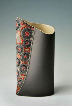 sascha-ceramics-vase-437x639