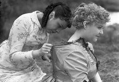 """Tournage du film de Jean Renoir """"Une partie de campagne"""" 1936 Photo Eli Lotar Jean Renoir, Movies And Tv Shows, Movie Tv, Couple Photos, Couples, Films, France, Turning, Photography"""
