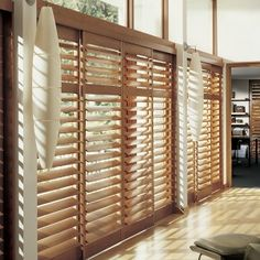 interior-design-metro-blinds-draperies-and-shutters-window-treatments-with-brown-floor-and-wooden-windowwhite-wall-modern-roller-types-of-window-blinds-ideas-design-modern-window-trim-styles-bay-300x300.jpg (300×300)