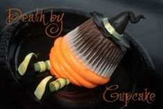 Death by cupcake cupcakes witch halloween party food halloween party ideas