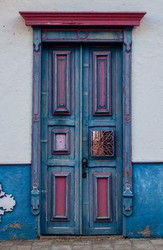 Porta. Departamento de Antioquia, Colômbia.  Fotografia: Paula Arcila-Osorio no 500px.