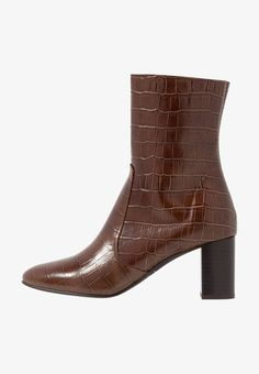 Jonak DIDLANEO - Stiefelette - cognac - Zalando.at Heeled Boots, Booty, Ankle, Heels, Stuff To Buy, Outfit, Fashion, Ankle Boots, Leather