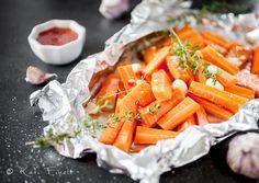 Sweet chili porkkanat folionyytissä / Sweet chili carrots Joko, Sweet Chili, Carrots, Baking, Vegetables, Garden, Kitchen, Cuisine, Carrot