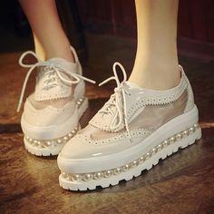 春季新款日系可爱甜美珍珠厚底鞋休闲个性粉色松糕鞋白搭鞋子大码
