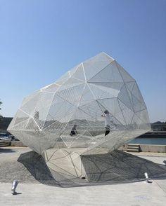 #throwback #naoshima #japan #polyhedron #naoshimapavilion #soufujimoto #steel #art #nofilter #missingjapan