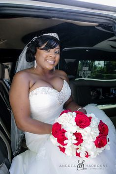 Bride arrives in limo | Fort Lauderdale Wedding Photographer | Andrea Harborne Photography