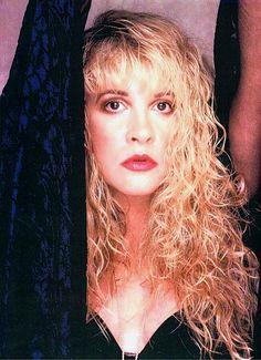 Stevie Nicks Pop Art 3 Canvas 16 x 20 Stevie Nicks Lindsey Buckingham, Buckingham Nicks, Beautiful Voice, Most Beautiful Women, Look Vintage, Vintage Ladies, Blond, Members Of Fleetwood Mac
