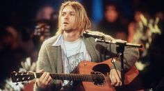 Kurt Cobain Death Today in Lead singer, guitarist, and primary songwriter of Nirvana. Today, his lasting influence is address on social media Nirvana Kurt Cobain, Kurt Cobain Frases, Kirk Cobain, Kurt Cobain Style, Banda Nirvana, Nirvana Songs, Nirvana Band, Frances Bean Cobain, Courtney Love