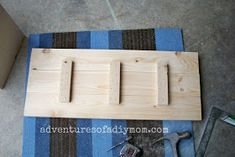 How to Build a Toy Box Wood Projects For Kids, Diy Projects, Easy Woodworking Projects, Woodworking Plans, Farmhouse Toy Boxes, Diy Storage Trunk, Toy Box Plans, Diy Toy Box, Wooden Toy Boxes
