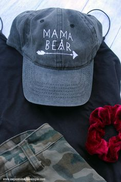 #ad DIY Mama Bear Hat with the Cricut EasyPress Mini #cricutcreated