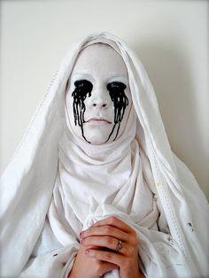 An American Horror Story #Halloween makeup
