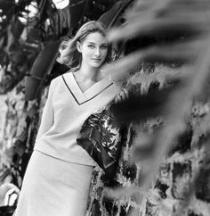 Tania Mallet, photo by Eugene Vernier, Vogue 1961
