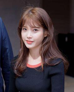 160921 Sony launch event after work jikjjik IU by IU spinel :: Studio Afro, Korean Actresses, Shoulder Length Hair, Beautiful Asian Girls, Girl Face, Kpop Girls, Korean Girl, Asian Beauty, Korean Celebrities