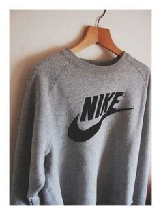 "Nike Vintage Grey Crewneck - <a href=""http://Fresh-tops.com"" rel=""nofollow"" target=""_blank"">Fresh-tops.com</a>"