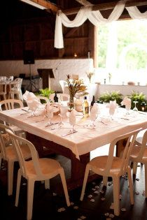 Love square tables!