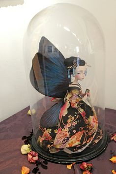 Sculpture by Julien Martinez based on Benjamin Lacombe's illustrations
