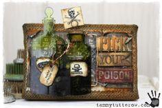 Tammy Tutterow: Tim Holtz Idea-ology Sizzix Pick Your Poison Burlap Panel Decor