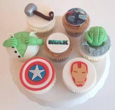 Marvel wedding theme cupcakes