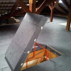 2. Bodenklappe aus Eiche, zweiflügelig Revisionsklappen