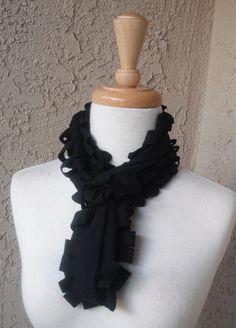 tee shirt scarf