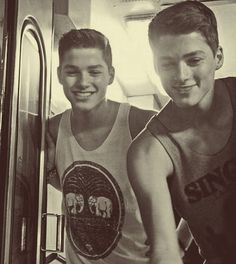 Jack && Finn Harries uploaded by Christy on We Heart It Jack And Finn Harries, Jack & Finn, Emo Guys, Cute Guys, To Youtube, British Youtubers, Carter Reynolds, Call Me Maybe, Hollywood