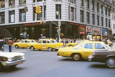 46 Amazing Color Photographs That Capture Street Scenes of New York City From 1978-1980 ~ Vintage Everyday