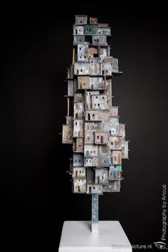 "object ""Crowded"" mixed media Wall Sculptures, Sculpture Art, Miniature Crafts, Miniature Houses, Cardboard City, Diorama, Ceramic Houses, Craft Projects For Kids, Paper Houses"