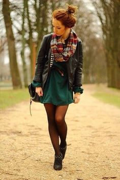 Hi waist skirt and cute scarf