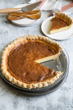 Filipino Egg Pie: custard pie slowly baked in a flakey butter crust. It is a popular Filipino dessert made with milk, sugar, and eggs Thanksgiving Desserts Easy, Winter Desserts, Great Desserts, Winter Treats, Christmas Desserts, Pinoy Dessert, Filipino Desserts, Filipino Food, Egg Pie Recipe Filipino
