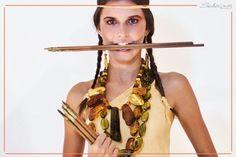 Utilizzata già dal 5000 a.c. per le sue proprietà terapeutiche, divinatorie e protettive, per i buddisti l'ambra era la pietra della saggezza, per gli sciamani essa viveva di vita propria. Tutta la magia ancestrale dell'ambra qui. www.sabrinaorafasciacca.com #ambra #gioielli #corallodisciacca #madeinitaly #corallo #sciacca #sabrinorafa #shoponline #moda #gioiello #collana #bracciali #indiana #myworld #sabrinaorafa